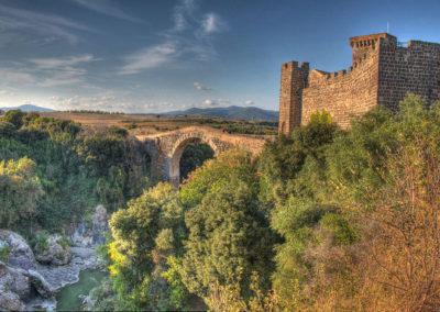 Ponte_dell-Abbadia_Castello_di_VulciCamping_Fonte_Vulci_Resort_Agriturismo_Ristorante_montalto_di_castro_marina_di_montalto_riminino_17